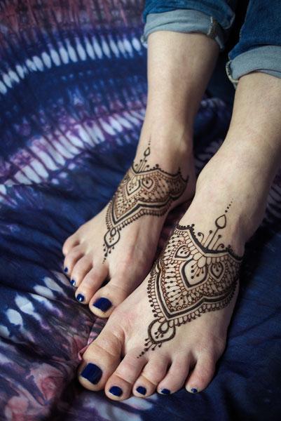 henna na stopach