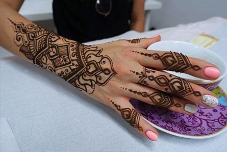 henna na prezent