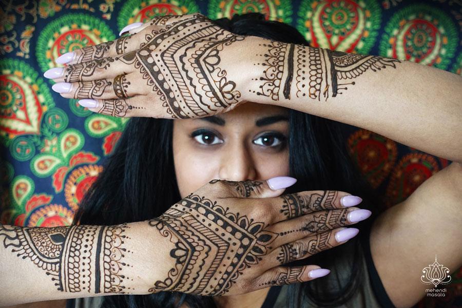 henna na rękach