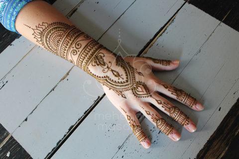 inspiracje henna wzory mehendi cała dłoń i przedramie