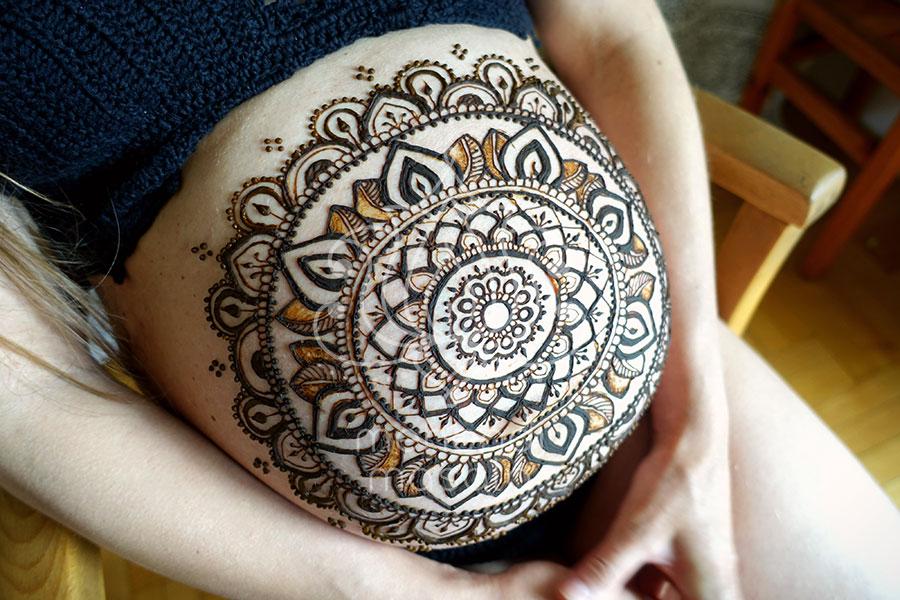 Tatuaże Z Henny Wzory Brzuch Ciąża Mandala Mehendi Masala