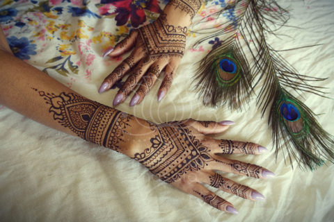 inspiracje henna wzory mehendi na obu rękach
