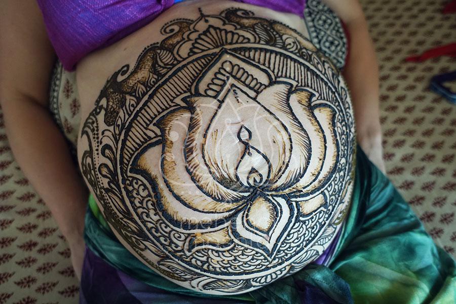 Tatuaże Z Henny Wzory Brzuch Ciąża Lotos Mehendi Masala