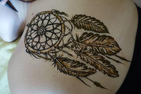 tatuaż z henny wzory na plecach wzory mehendi łapacz snów na pleach