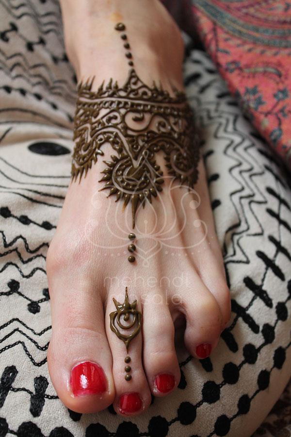 Tatuaże Z Henny Wzory Na Nogach Wzór Henna Na Stopie