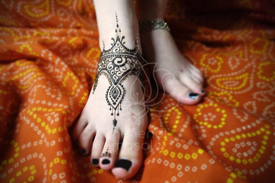 Tatuaże Z Henny Wzory Mehendi Henna Na Stopie Indyjskie