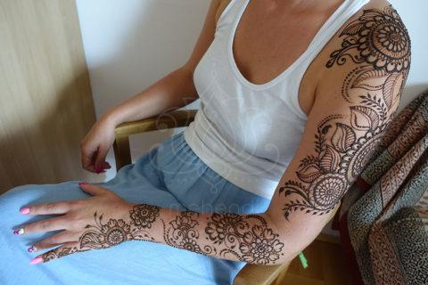 mehendi wzory inspiracje henna tatuaże z henny wzory rękaw wzory kwiatoew i mandale