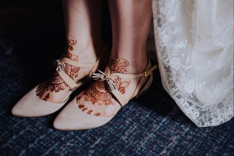 henna ślubna stopy