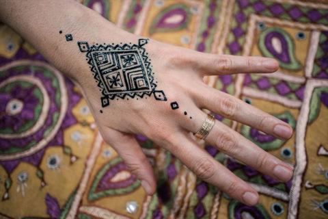 malowanie henna na weselu wzor jagua