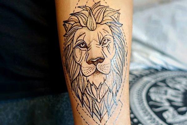 tatuaz-tymczasowy-lew
